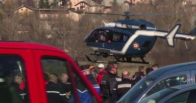 Schianto dell' A320 sulle Alpi: riprese le operazioni di ...