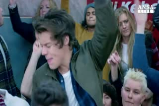E' ufficiale, Zayn lascia gli One Direction