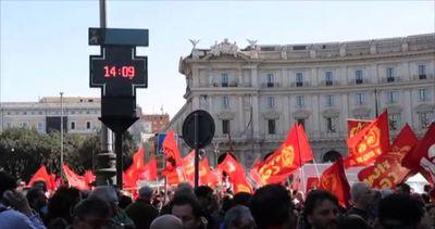 La Fiom di Landini in piazza: abbiamo più consensi di ...