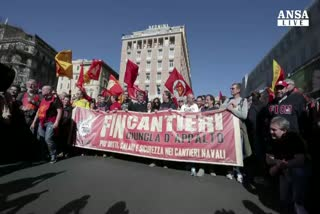 Fiom in piazza a Roma contro Jobs act