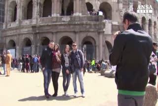 Crescono i turisti in Italia, ma spendono sempre meno