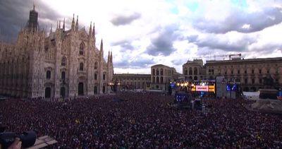 Milano, concerto di Radio Italia internazionale con Bob ...