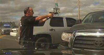 USA, folle inseguimento della polizia ad alta velocità     ...