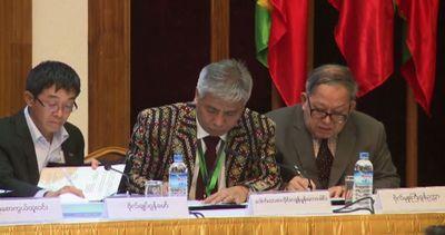 In Birmania storico accordo per la pace fra 16 gruppi ...