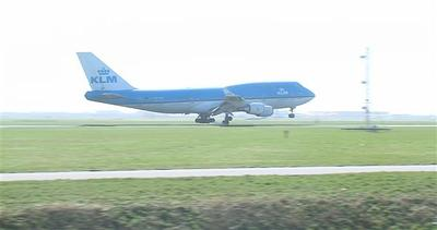 Gli aerei in arrivo 'sobbalzano un sacco'