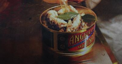 La spiedatura dell'anguilla marinata tradizionale delle ...