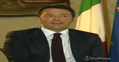 """Renzi a Cristoforetti: """"Venga a darci una mano in Italia"""""""