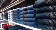 La storia del denim Roy Roger's in mostra nello store di ...