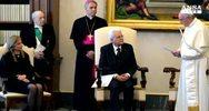 Papa-Mattarella: sforzi per immigrazione