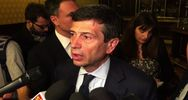 Maurizio Lupi attaccato da contestatore a convegno Ncd a ...