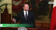 Renzi: guerra ai mercanti di morte