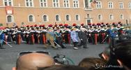 25 aprile, Mattarella depone corona all'Altare della patria ...
