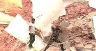 Katmandù devastata, si scava tra le macerie della Torre ...