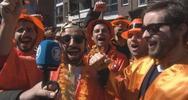 L'Olanda si tinge di arancione: è il compleanno del re!    ...
