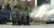 Nuove immagini dei violenti scontri a Baltimora - Nude News ...