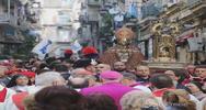 Napoli, il miracolo di San Gennaro si ripete fra ...