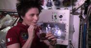 Spazio, Cristoforetti beve il primo caffè espresso in ...