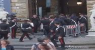 Firenze, piazza della Signoria gremita per riprese ...