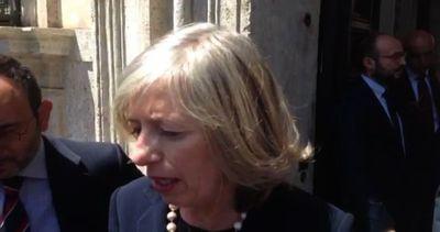 Ministro Giannini: il blocco degli scrutini è inaccettabile
