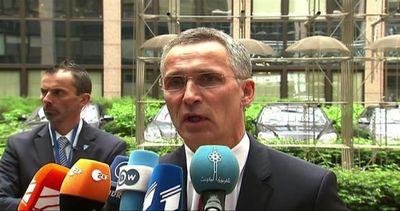 Stoltenberg: tra i flussi dei migranti possono celarsi terroristi