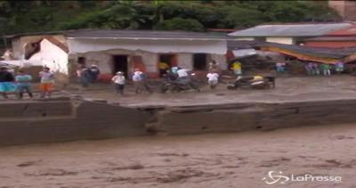 Colombia, frana travolge comune di Salgar: 61 i morti