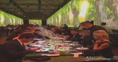 Martell festeggia i 300 anni: grande festa a Versailles     ...