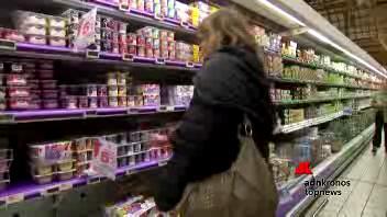 Ogni italiano butta 76 kg di cibo all'anno