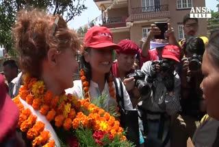 Susan Sarandon, tornate in Nepal subito