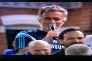 Josè Mourinho: grande allenatore pessimo cantante