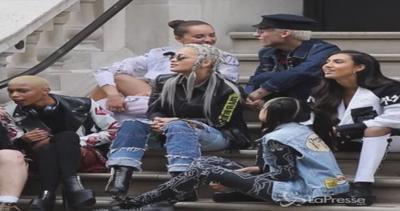 Rita Ora si prepara a lanciare nuovo singolo e video in ...