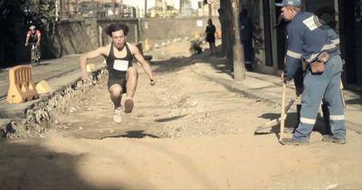 Brasile, lavori infiniti: video parodia dei residenti di ...
