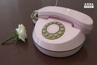 Carmen Consoli si fa in 6 per Telefono rosa