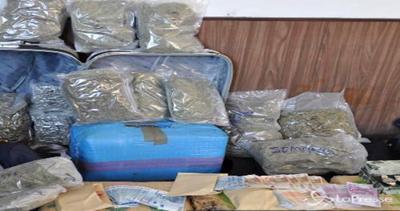 Milano, 270 chili di droga nel garage: arrestati quattro ...