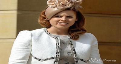 Beatrice di York 'regina' di stile al Garden party ...