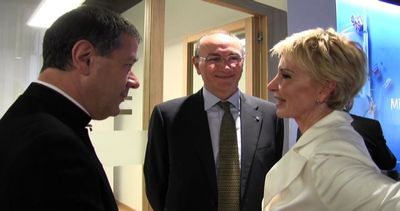 Unicredit inaugura la sede restaurata di piazza Meda a ...