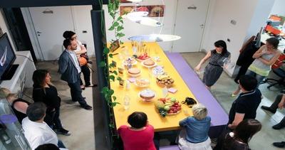 Space Food Lab, nel laboratorio dove nascono i menu degli ...
