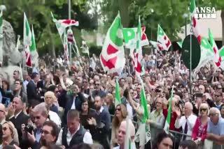 Renzi: Marino governi o a casa