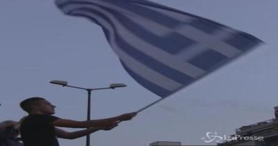 Grecia si prepara al referendum, cittadini divisi tra 'sì' ...