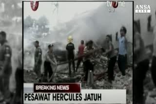 Precipita aereo a Sumatra,almeno 30 morti