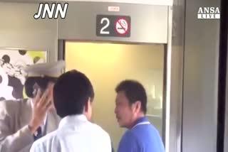 Giappone: uomo si da' fuoco su shinkansen