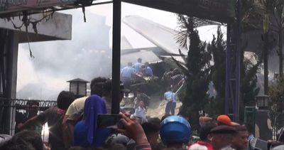 Le immagini dell'incidente aereo in Indonesia, oltre 100 ...