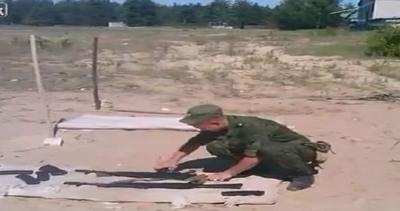 Aspirante Rambo spara con mitragliatrice e per poco non ci ...