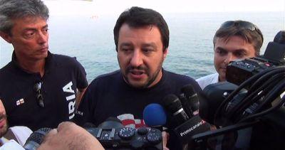 Salvini: con chiacchiere renziane rischiamo di fare fine ...