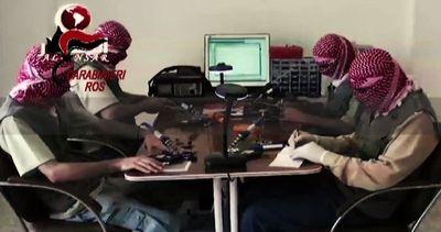Proselitismo jihadista sul web, arrestati 2 maghrebini a ...