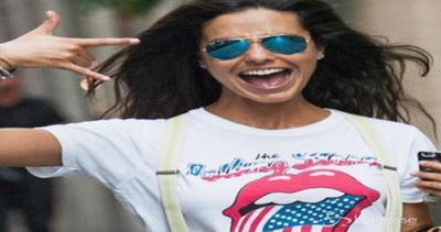 Laura Barriales scherza con i paparazzi: grandi sorrisi e ...