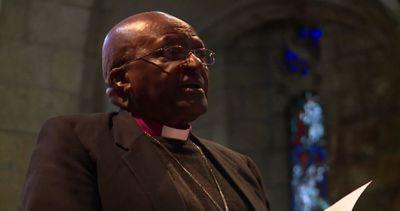 L'arcivescovo Tutu e la moglie festeggiano 60 anni di ...