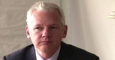 "Wikileaks, la Francia nega l'asilo a Assange. ""Sono in ..."