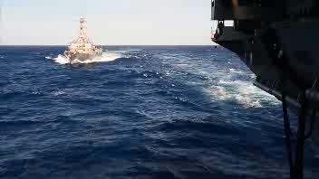 L' U.S. Navy celebra l'Independence Day