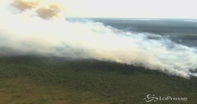 Canada in fiamme: 15 incendi devastano foreste, 5200 ...