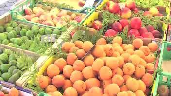 Settimana bollente, schizzano gli acquisti di frutta e ...